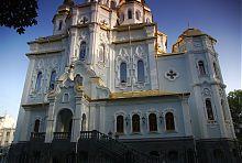 Северный фасад церкви Жен-Мироносиц в Харькове