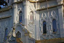 Мозаїчні панно храму в харківському сквері Перемоги
