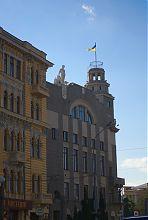 Східний фасад харківської Торгової біржі на площі Конституції