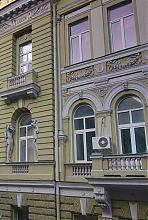 Декор второго яруса здания совета горнопромышленников в Харькове