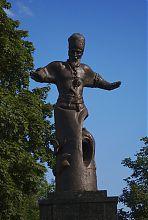 Фігура українського гетьмана пам'ятника Петра Сагайдачного в Харкові