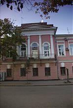 Ризаліт південного фасаду садиби Ольховських в Харкові на Благовіщенській 26