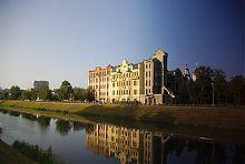 Західна будівля комплексу по Клочківській 3 купця Гулько в Харкові