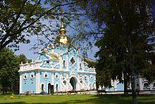 Надвратный корпус харьковской Тамаринской церкви