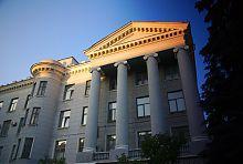 Корпус Б университета радиоэлектроники в Харькове
