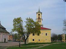 Бічний фасад Кам'янець-Подільської магістрату