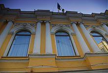 Декор центрального фасаду харківського драмтеатру ім. Шевченко