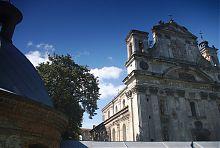Колегіальний костел святої Трійці в Олиці