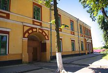 Центральный фасад келейного корпуса доминиканского монастыря