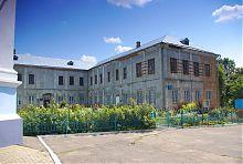 Південний корпус колишнього єзуїтського монастиря Володимир-Волинського