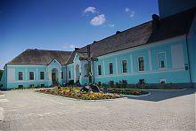Будинок з дзвіницею резиденції Волинських епископов у Володимирі