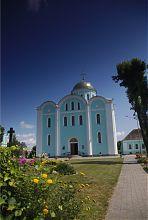 Центральний західний фасад Успенського собору Володимир-Волинського
