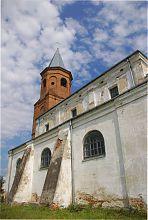 Южный неф костела Пресвятой Троицы в Затурцах