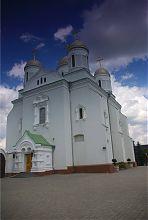 Успенський храм Святогірського монастиря в Зимньому