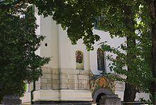 Кіоти центрального фасаду львівської Миколаївської церкви