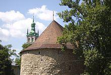 Черепичне завершення львівської Порохової вежі