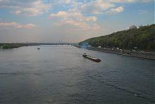 Дніпро в районі Києва