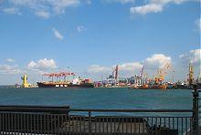 Платонівський мол порту в Одесі