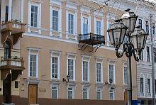 Центральний фасад будинку Маюрова на Приморському бульварі Одеси