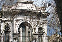 Архівольт центрального входу Облікового банку Одеси