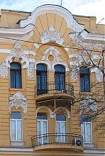 Бічний ризаліт північного фасаду будинку Грінберга в Одесі
