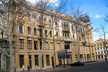"""Східний фасад колишнього одеського ательє індпошиву """"Берізка"""""""