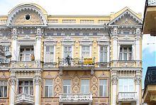 Верхние ярусы доходного дома Заблудовского по Гоголя 14 в Одессе