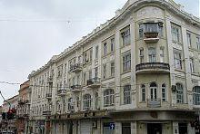 Південне крило прибуткового будинку Скаржинської на перетині Катерининської і Ланжеронівської