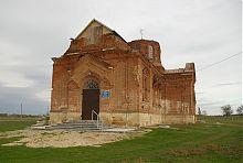 Центральный вход тихоновской церкви архангела Михаила