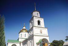 Західний фасад Покровської церкви в Гришине