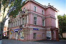 Західний фасад будинку Юр'їва в Маріуполі