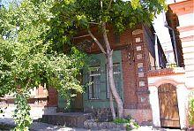Центральный фасад конторы Натана Рябинкина в Мариуполе