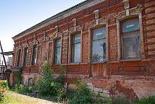 Восточный фасад (по Гамперскому спуску) кондитерской Марапульца