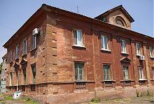 Південний фасад слобідський школи Маріуполя