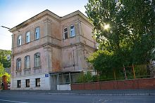 Ризаліт південного крила Маріїнської гімназії в Маріуполі