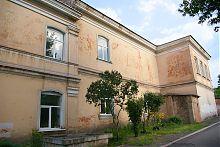 Західний фасад Маріїнської гімназії в Маріуполі