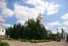 Западный фасад соборного Успенского комплекса в Баре
