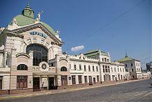 Центральний ризаліт чернівецького залізничного вокзалу