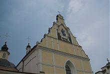 Фронтон Успенского костела в Летичеве