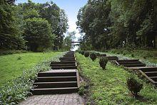 Парковая аллея парка в Волочиске