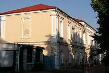 Північний фасад Уманського гуманітарно-педагогічного коледжу