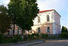 Південний фасад Вищого народного училища Умані