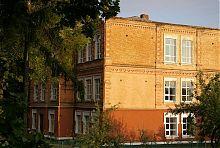 Західний фасад будівлі уманської жіночої гімназії