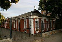 Будинок з квартирами для службовців уманської жіночої гімназії