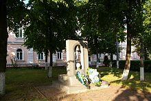 Пам'ятник ліквідаторам аварії на Чорнобильській АЕС в Умані