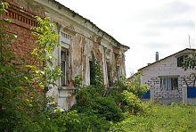 Руїни колишнього музею М. Коцюбинського в Барі