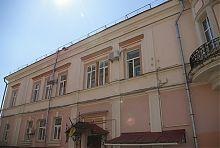 Боковой фасад по Кропивницкого дома с эркером