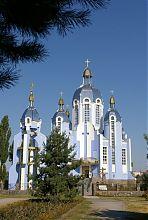 Центральний фасад вінницького греко-католицького собору