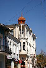 Кутовий фасад прибуткового будинку Мар'янчика в Вінниці