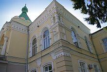 Ризалит центрального входу Вінницького торгівельно-економічного інституту